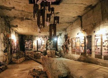 Экспозиция «Мемориальный зал памяти героев обороны Аджимушкайских каменоломен»