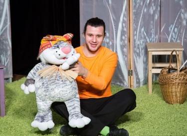 Спектакль «Сказки кота Мурлыки. Как подружиться с Домовым»