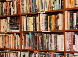 Топ-5 современных писателей, которых важно знать
