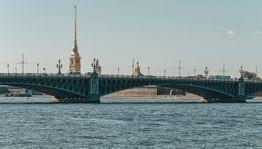 Мосты Петербурга: истории, символы, легенды