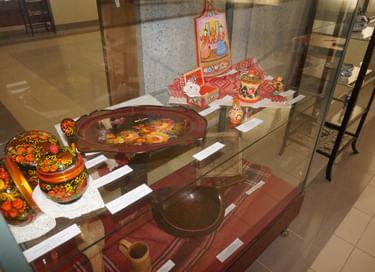 Выставка «Традиции живая нить»