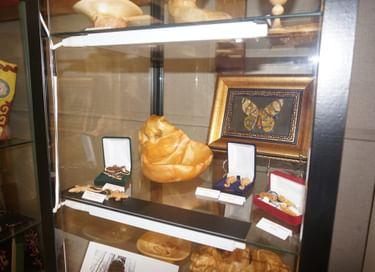 Выставка работ из капа