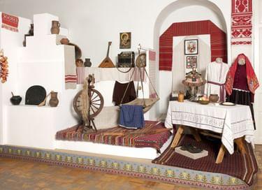 Выставка «Мозаика культур Крыма»