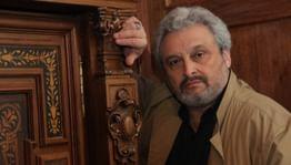 Юрий Александров: «Театр должен оставаться храмом»