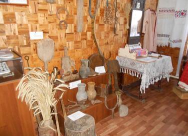 Выставка в Центральной библиотеке Старожиловского района