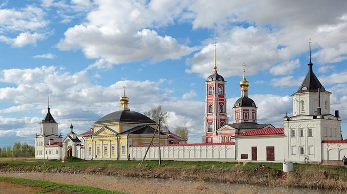 Троице-Сергиев Варницкий монастырь в Ростове Ярославской области