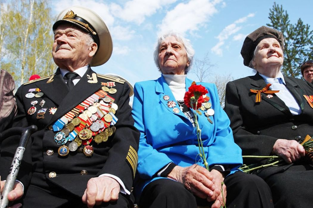 поиск фронтовых фото ветерана нее