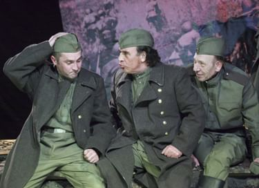 Спектакль «На войне как на войне»