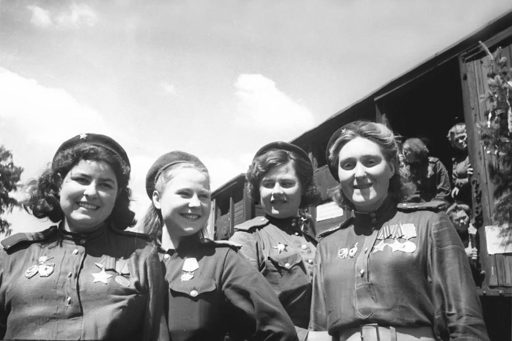 Картинки женщина и война 1941-1945