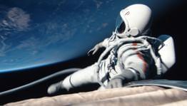 Российский фильм о космосе «Время первых» стал лидером проката