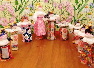 Выставки «Текстильная симфония» и «Музей личных коллекций»