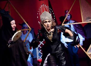 Спектакль «Сказка о мертвой царевне и о семи богатырях»