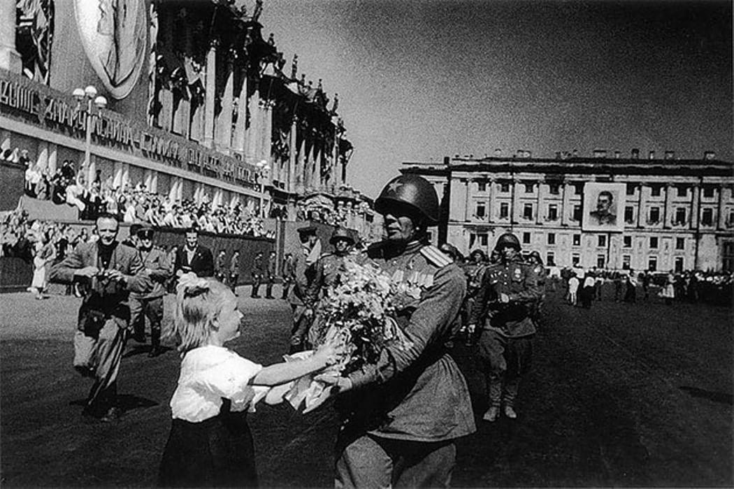 вид картинки про день победы черно белые встречает светлана симпатичная