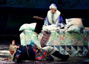 Спектакль «Матушка Метелица»
