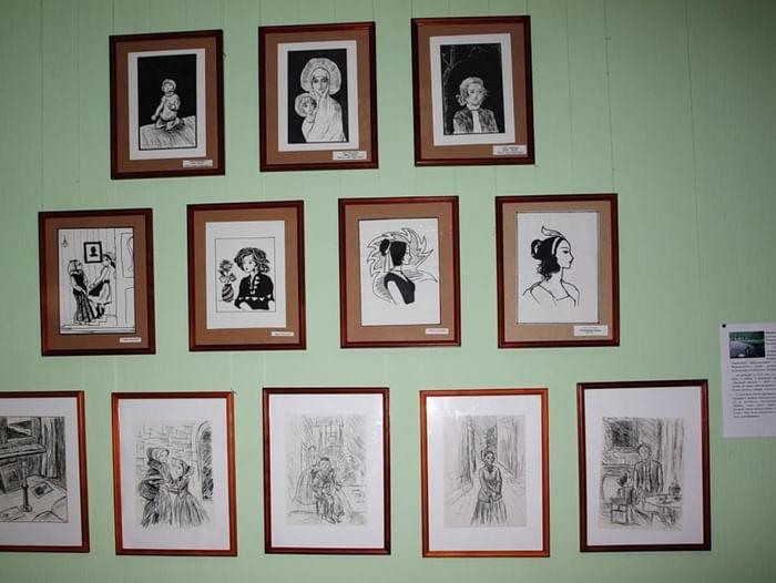 Выставка творческих работ «Этот радужный мир»
