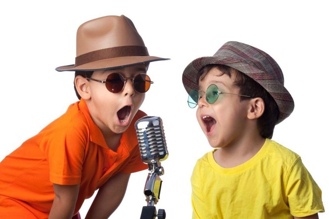 Мужу прикольные, смешные картинки детей с микрофоном