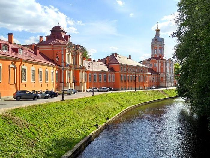 Фотовыставка «Две северные столицы: Санкт-Петербург — Томск»