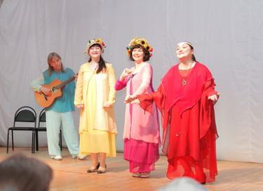 Спектакль «Жила-была Деревенька»