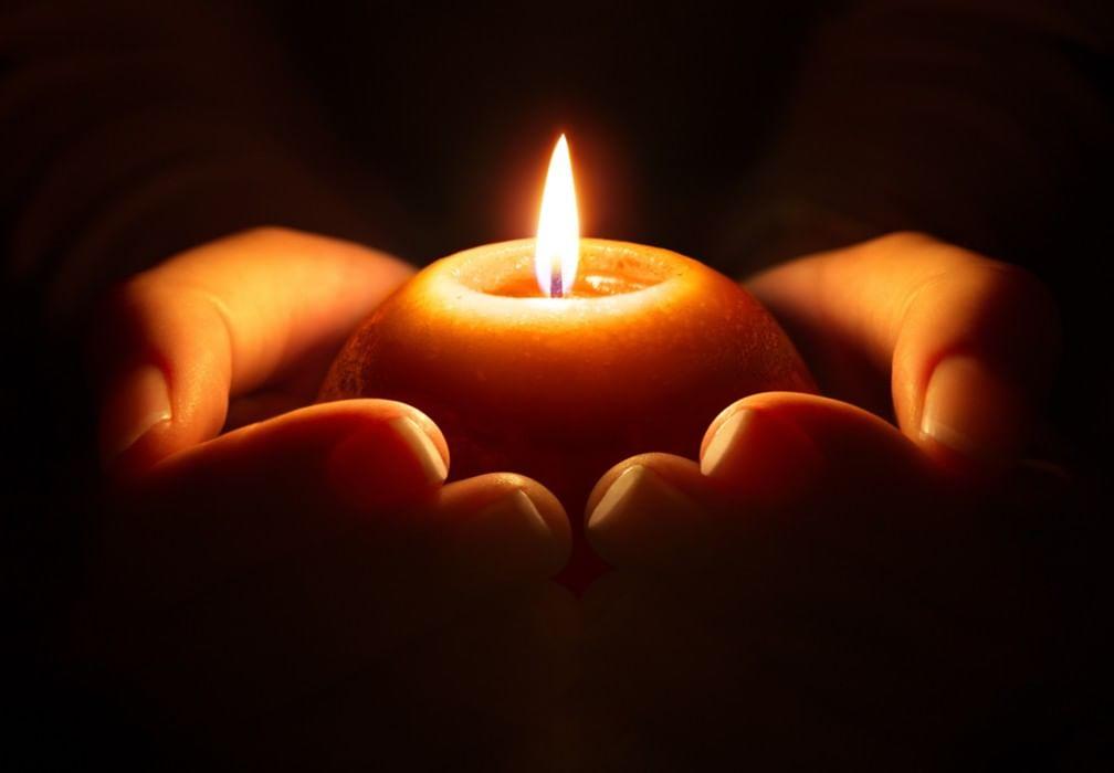 Днем, картинки со свечой скорби