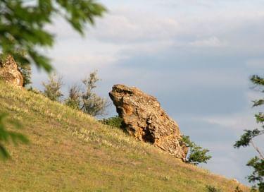 Выездная экскурсия «Каменное ожерелье»
