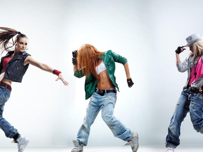 Танцевальный вечер «В движении»