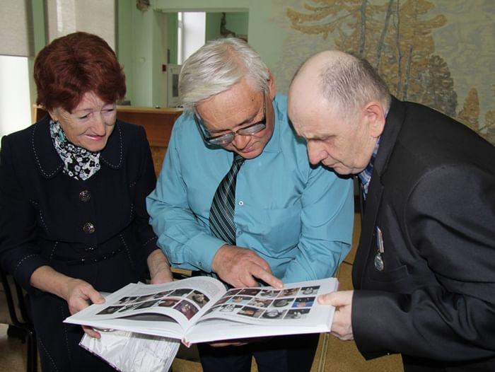Книжная выставка «Книги, подаренные Фондом Михаила Прохорова»