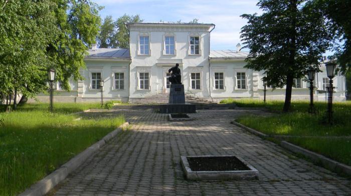 Дом-музей П. И. Чайковского в Алапаевске