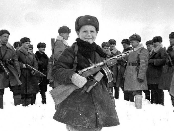 Выставка «Детство военной поры на страницах периодики (1941–1945)»