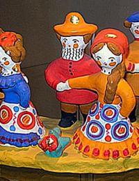 Дымковская глиняная игрушка