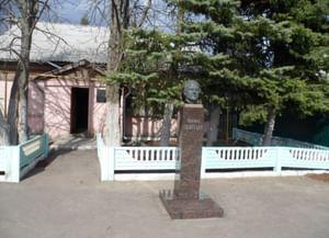Мемориальный дом-музей Героя Советского Союза М. П. Девятаева