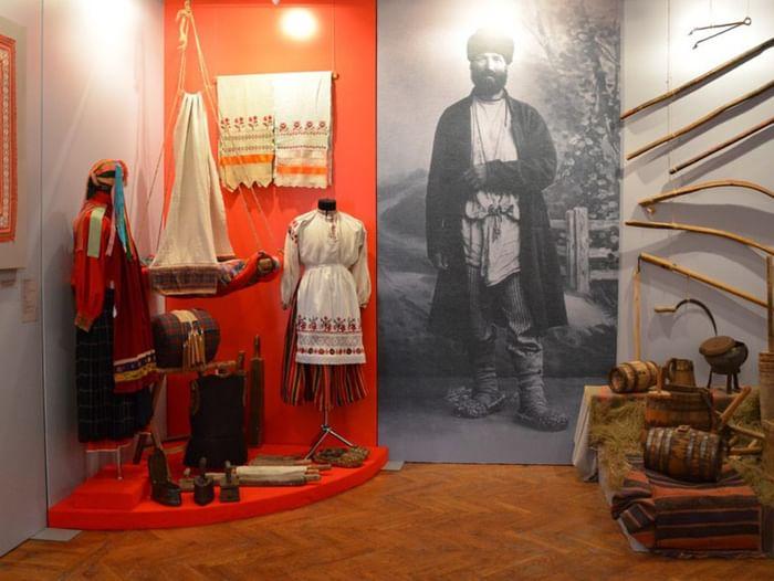 Выставка «Обычаи. Традиции. Ремесла»