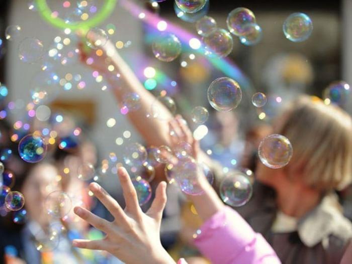 Конкурс «Раздувайся пузырь, раздувайся большой»