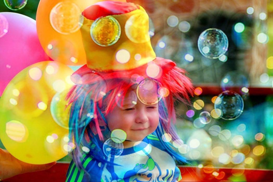 или голографическая картинки с мыльными пузырями с детьми щуки твистер отличается