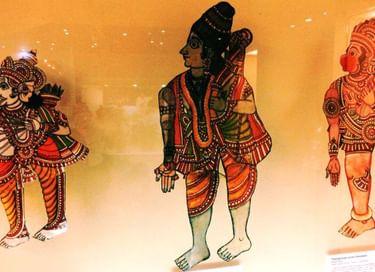 Выставка «Игра света и тени: южноиндийский традиционный театр «толпава кутху»