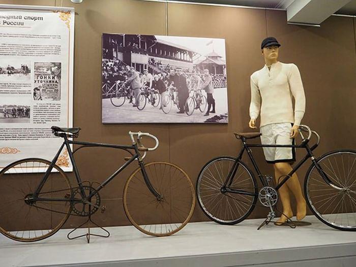 Выставка «Быстроног – велосипед по-русски»