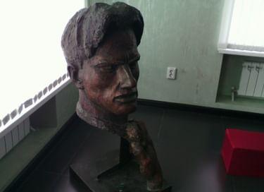 Мини-выставка «Человек из металла»