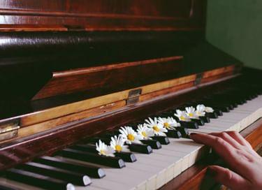 Концерт «Весенняя акварель»