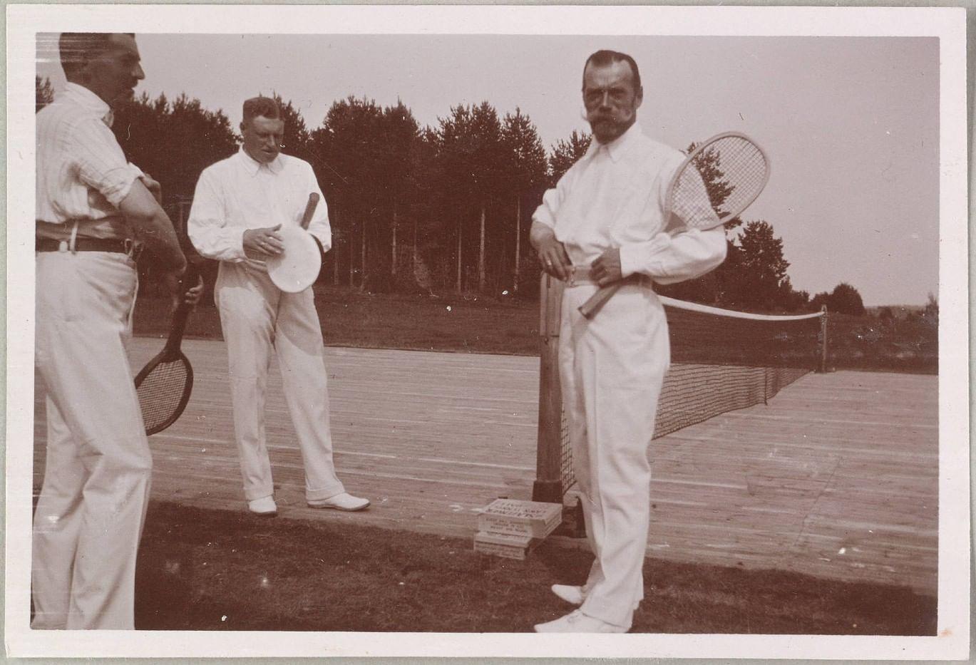 Летние развлечения Николая II - Теннис