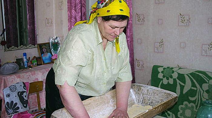 Технология изготовления традиционного блюда «катанка» в селе Россошь Репьевского района Воронежской области