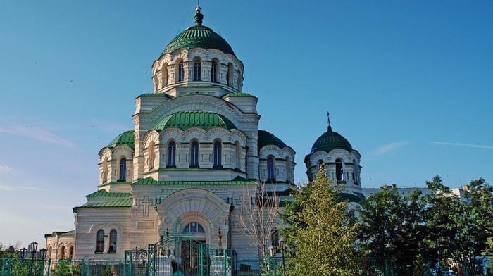 Кафедральный собор равноапостольного князя Владимира в Астрахани