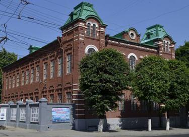 Экспозиция Музея чувашской вышивки