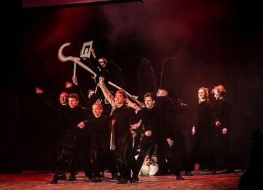Спектакль «Русское горе...от ума»