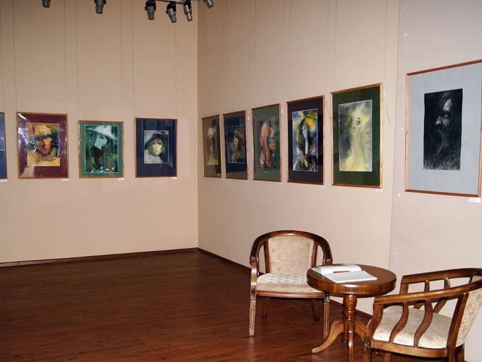 Выставка «Во сне и наяву»