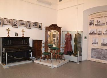 Экспозиция «История города Шадринска до 1917 года»