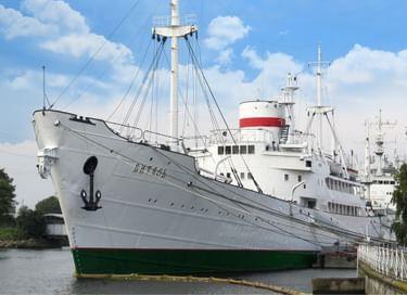 Экспозиция «Витязь» – корабль науки»