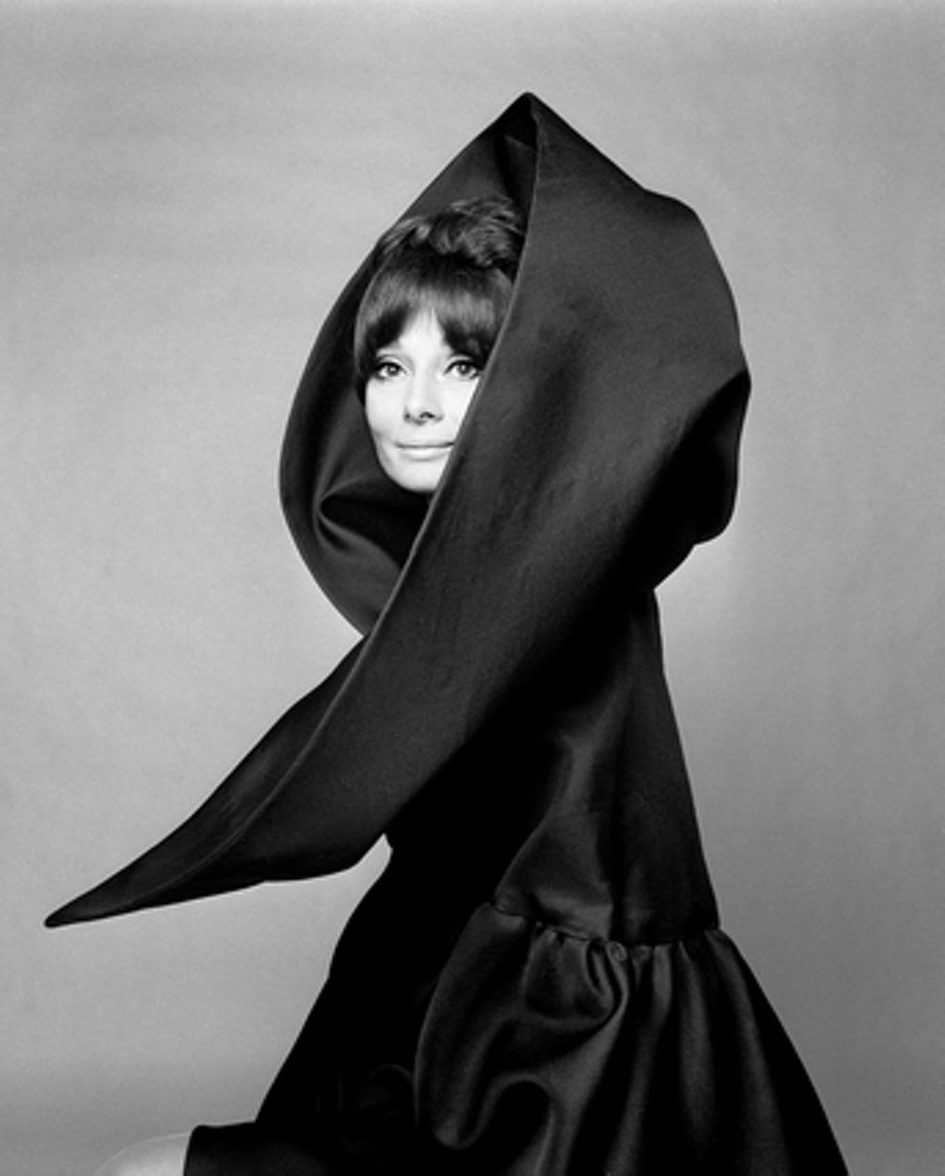 Выставка «Мода и вымысел. Джан Паоло Барбьери»
