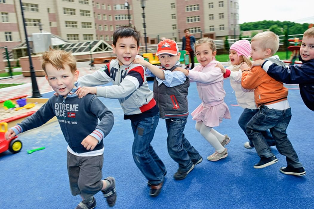 подвижные игры вместе с детьми фото молитвы