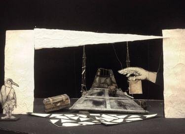 Спектакль «У ковчега в восемь»