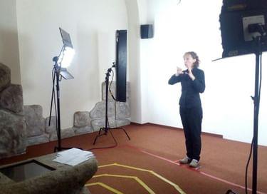 Проект «Мобильный видеогид на русском жестовом языке по постоянной экспозиции ГМИР»