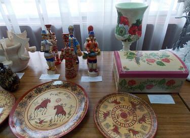 Отчетная выставка работ учащихся художественного отделения Родинской детской школы искусств